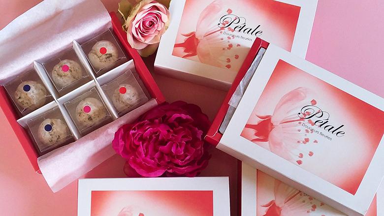 Pétale Douceurs Fleuries : des coffrets de perles élégants